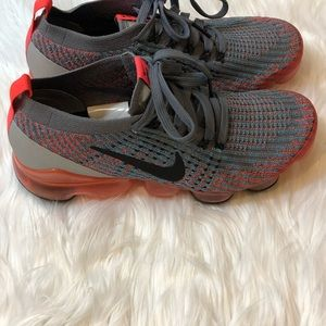 Nike Shoes - 🧡Nike Air VaporMax Flyknit 3 Running Shoe Size 8